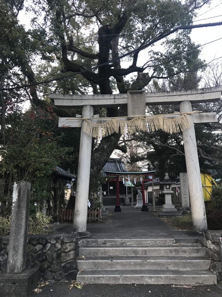 魚町稲荷神社の鳥居