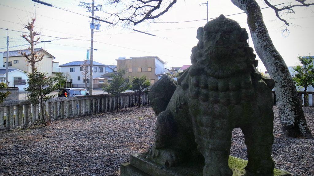 須賀神社の狛犬